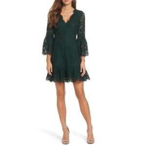 NWT Eliza J Bell Sleeve Lace Cocktail Dress